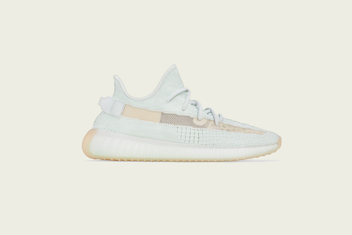 adidas-yeezy-boost-350-v2-hyperspace-2